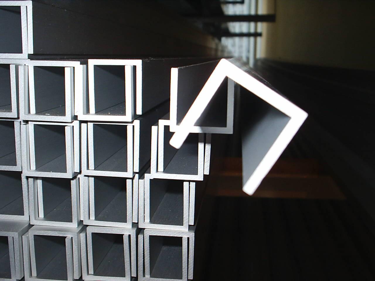 Швеллер алюминиевый - фото